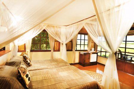 Unsere Lodge ist sehr luxuriös und direkt am Luangwafluss gelegen.