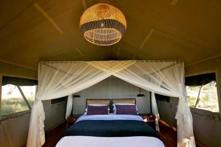 Innenansicht Zelt Somalisa Expeditions Camp, Hwange Nationalpark.