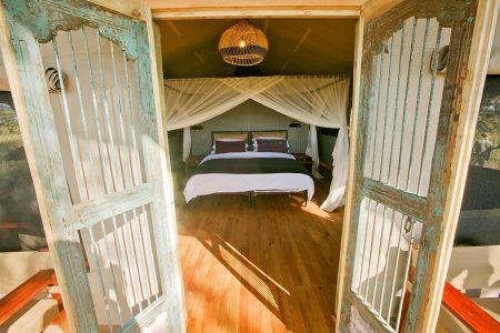 Eingangsbereich Zelt Somalisa Expeditions Camp