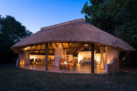 Nkwali Camp, South Luangwa. Private Safaris
